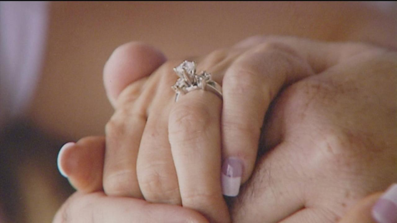 Woman accusing valet of stealing wedding ring