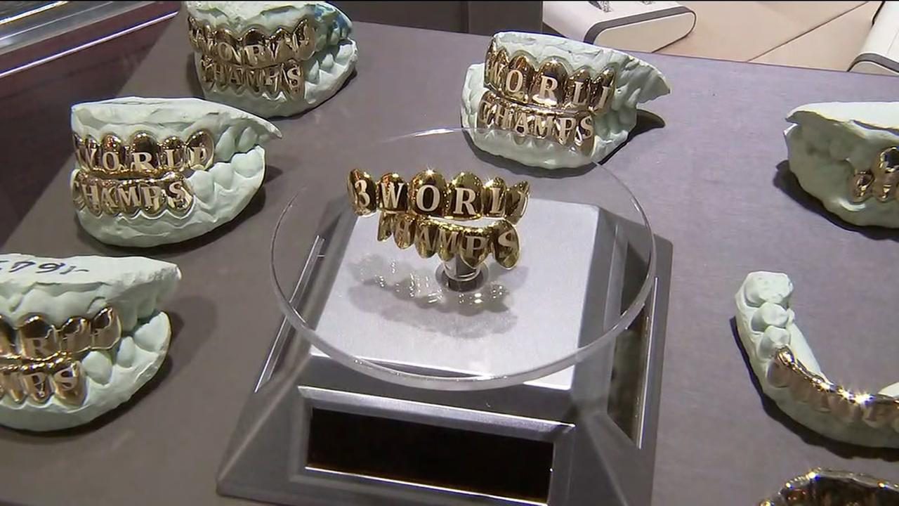 Paul Wall reveals Astros World Series grillz