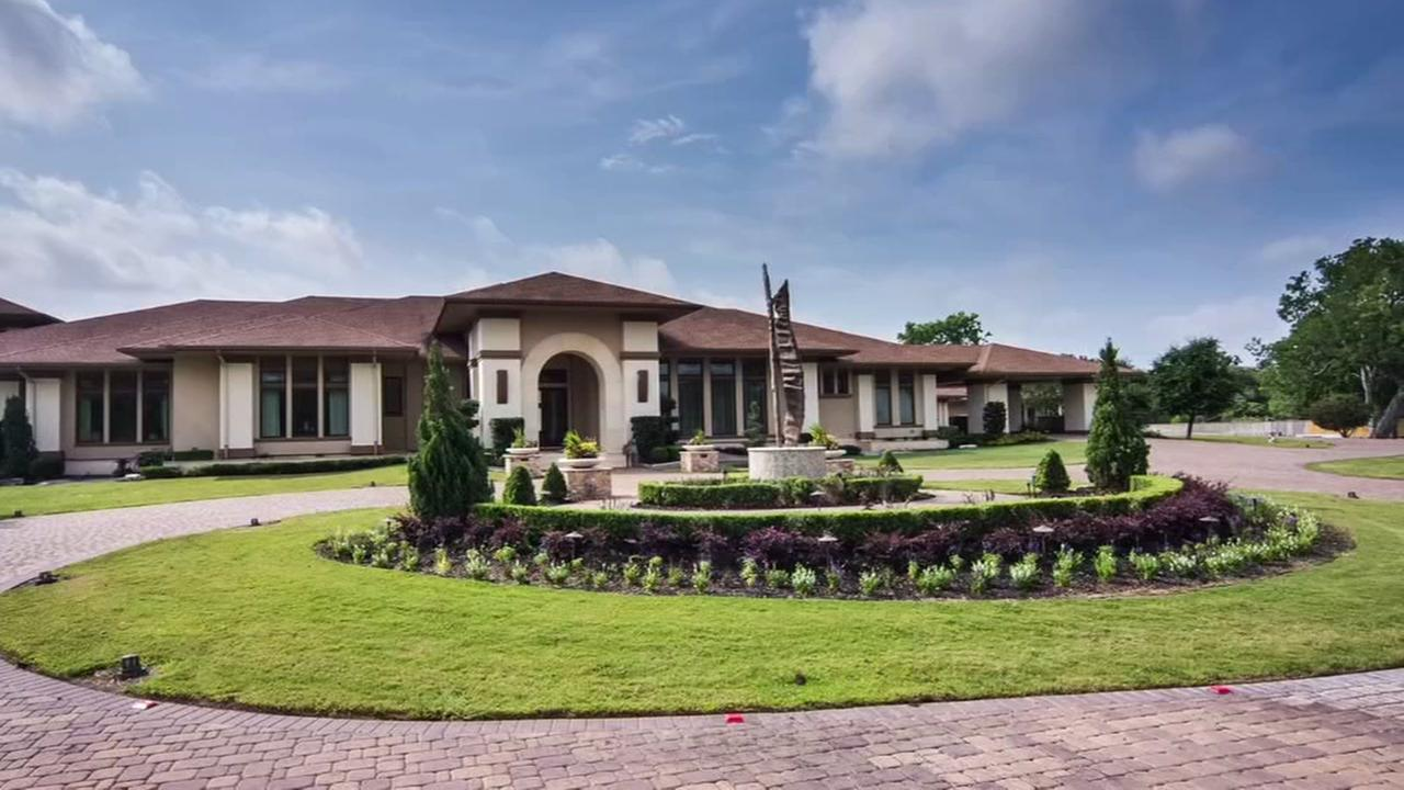 Man builds 20,000-square-foot home in Wharton