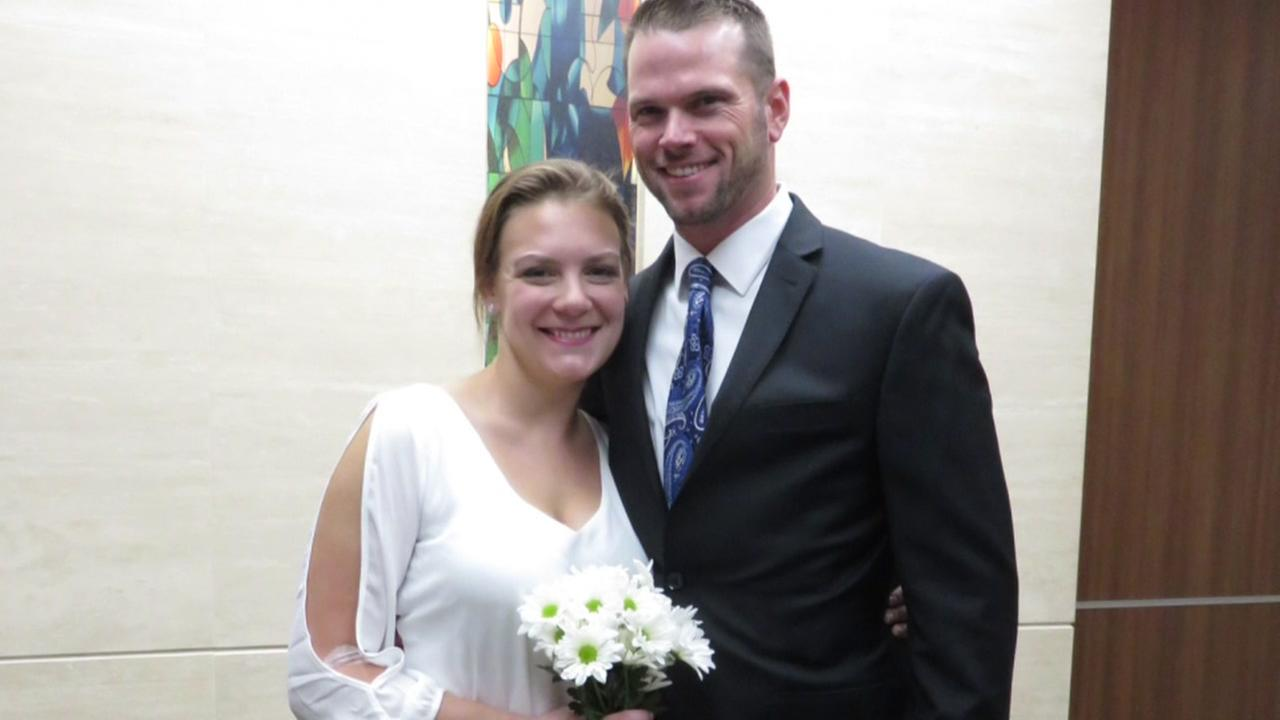 Couple has wedding at Memorial Hermann hospital after bride collapses before ceremony