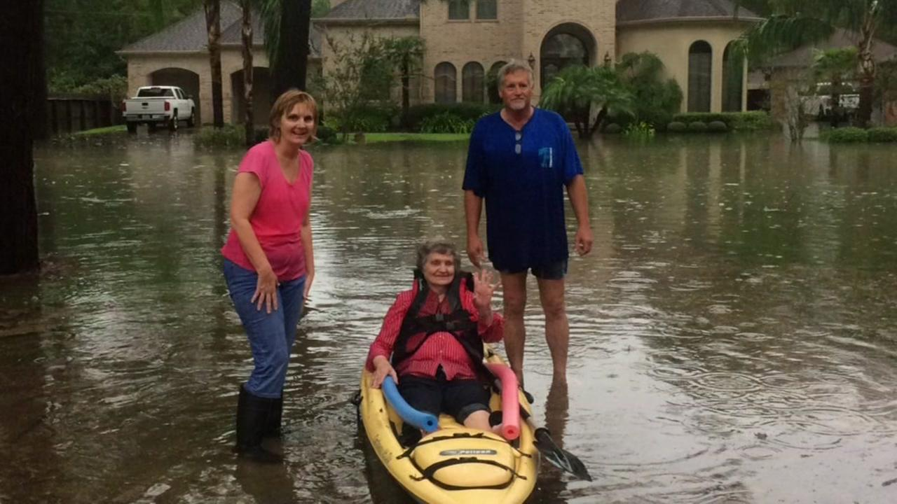 91-year-old thankful after she escaped flooded home in kayak