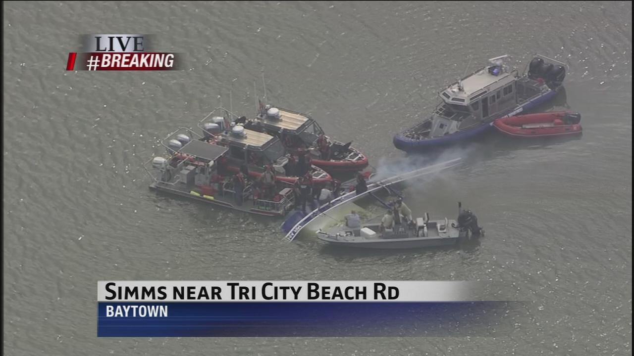 Rescue underway on lake in east Harris Co.