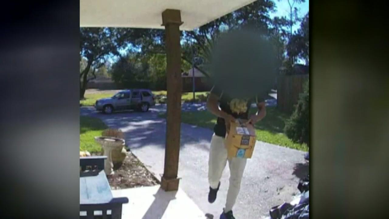 Houston businesses fighting back against package thieves