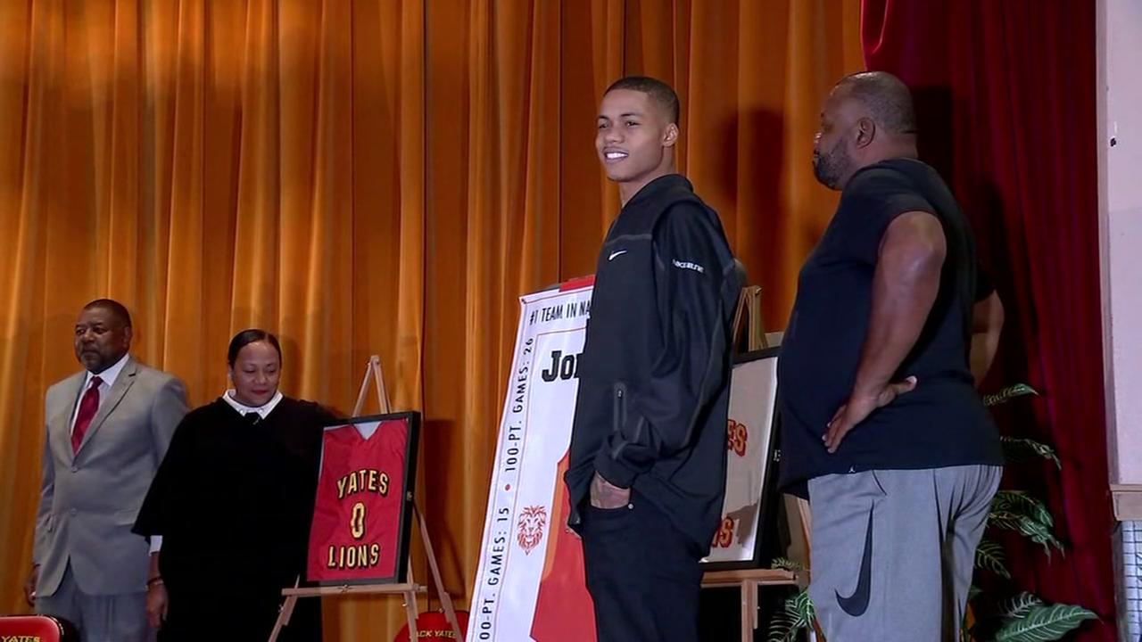 Yates High School retires jersey of Joe Young