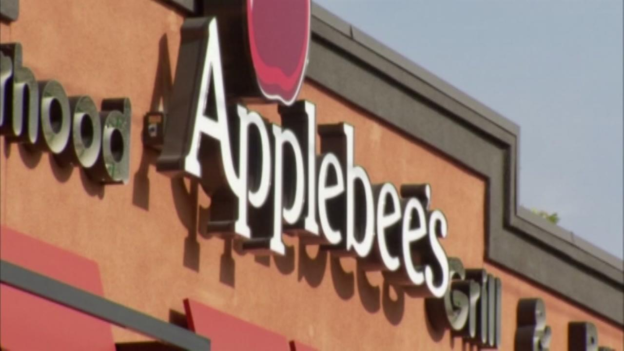 Applebees serving $1 Long Island iced teas for month of December