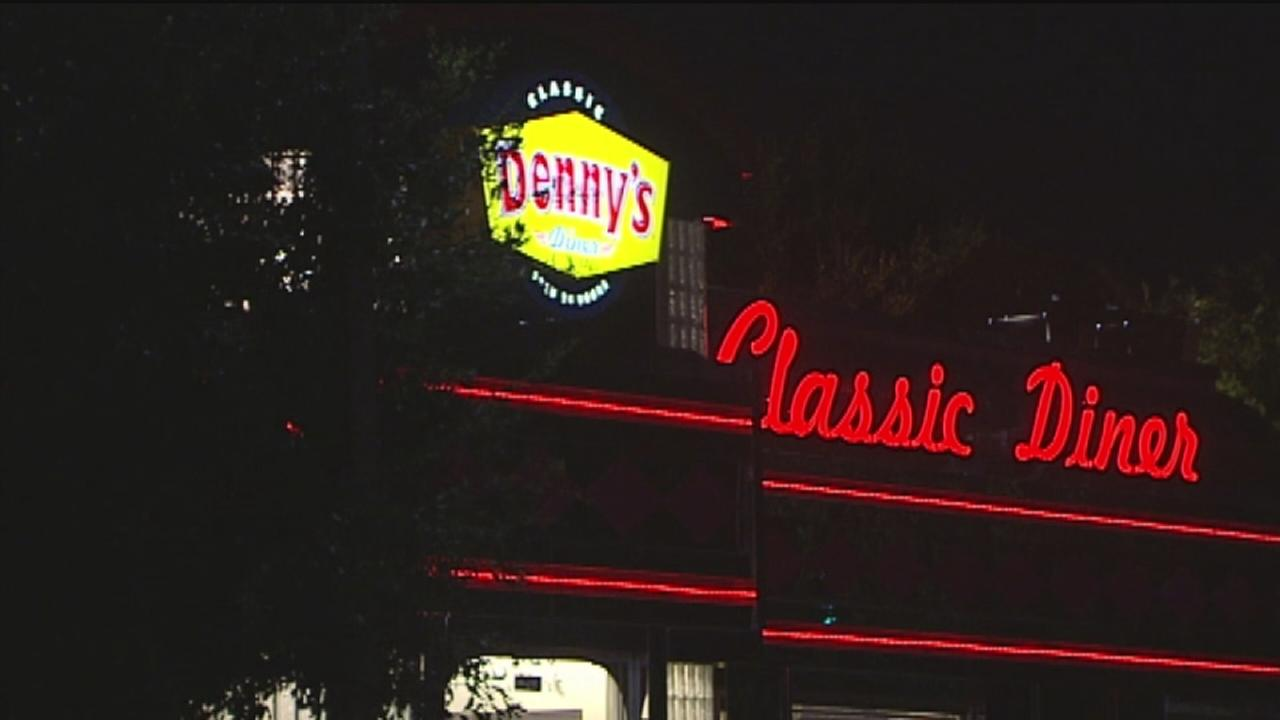 Dennys robbed