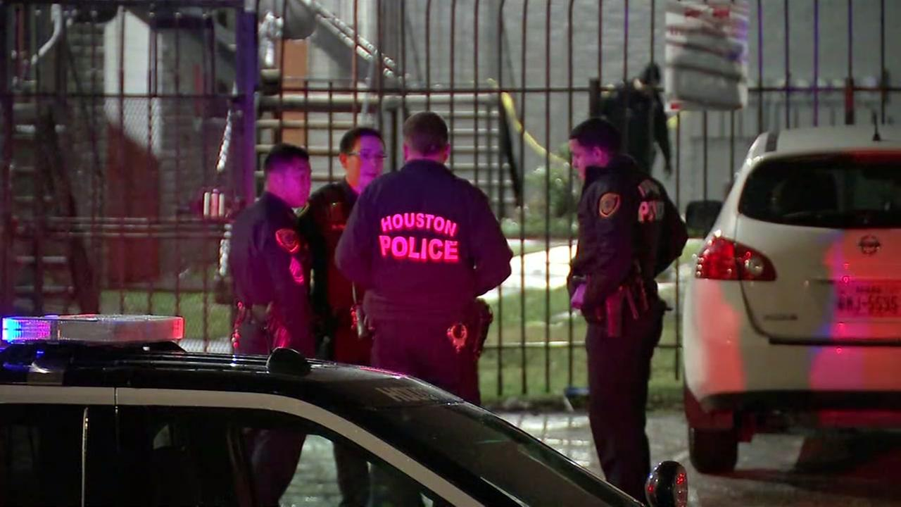 Rifle used to target family of 5; father killed and infant grazed by bullet in SW Houston