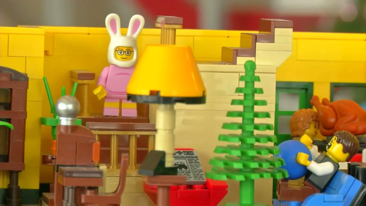 Man builds Christmas Story lego house