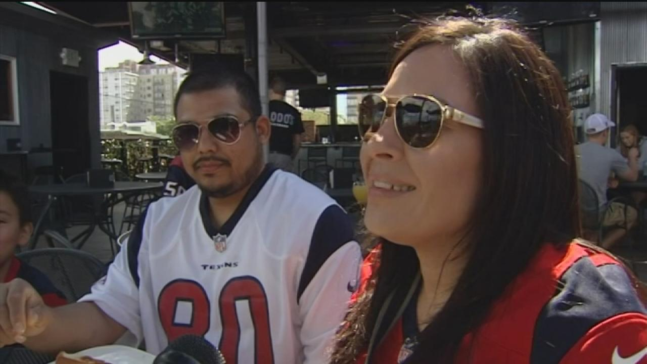 Faithful Texans fan travel to CO