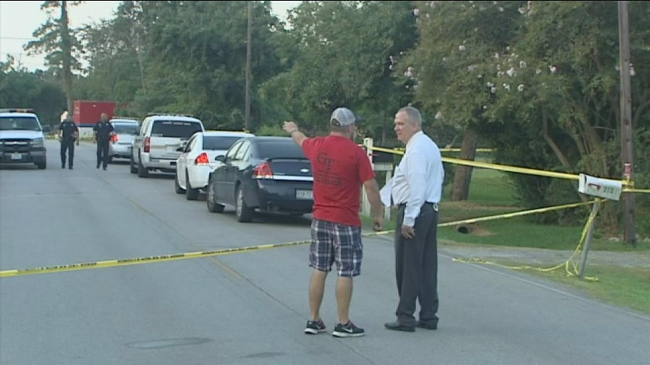 Couple fatally shoots intruder at neighbors home
