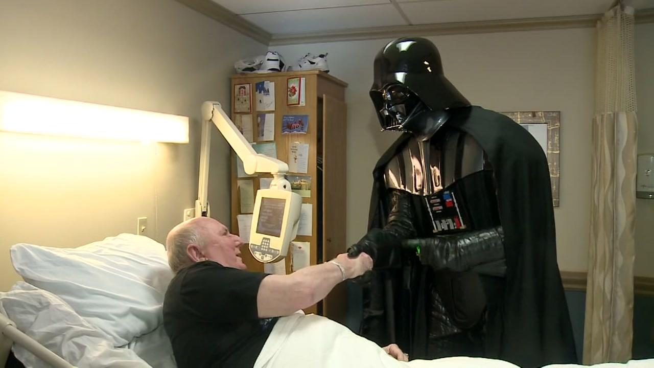 Dying vet gets to see new Star Wars