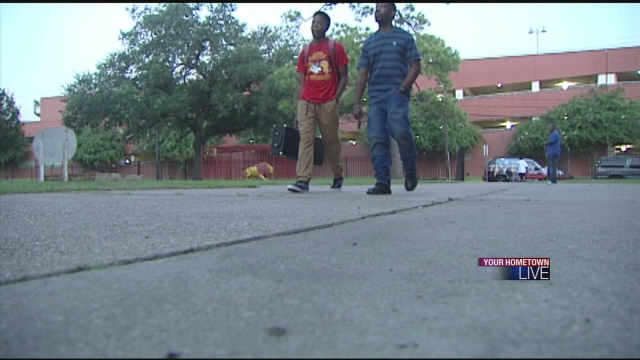 Million Father March brings dads to school