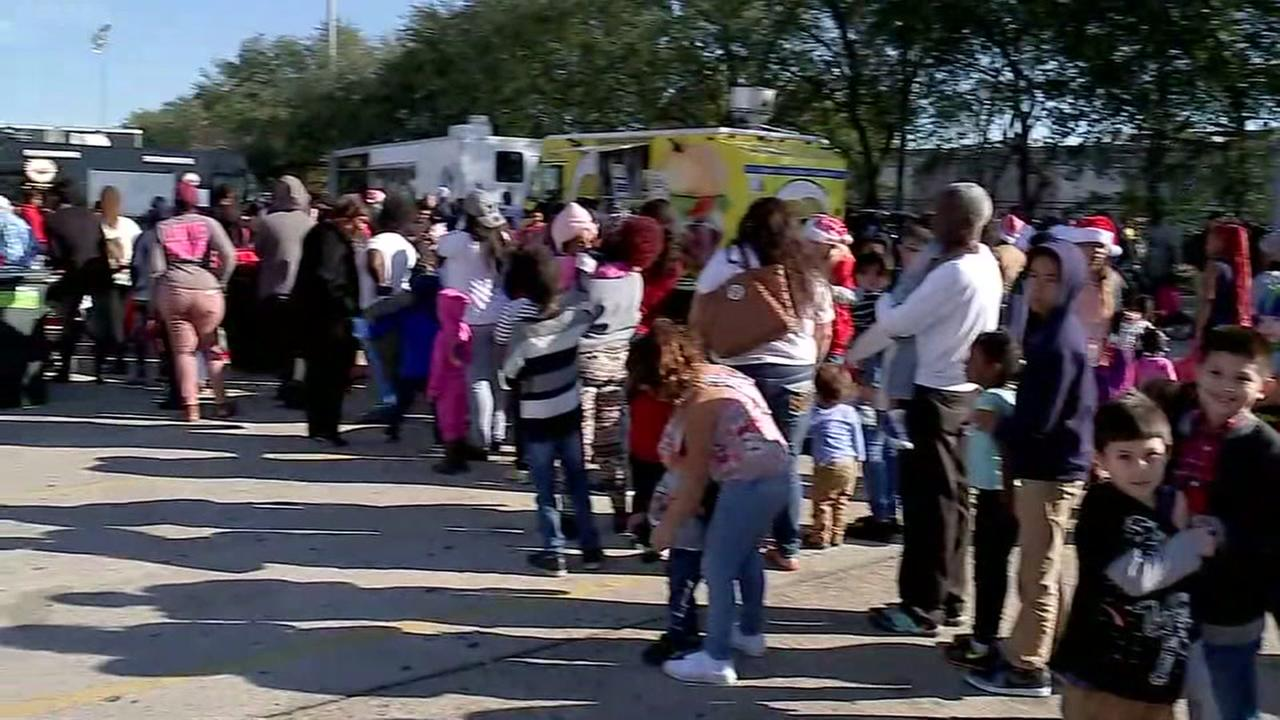 Mattress Mack hosts Christmas Eve toy drive
