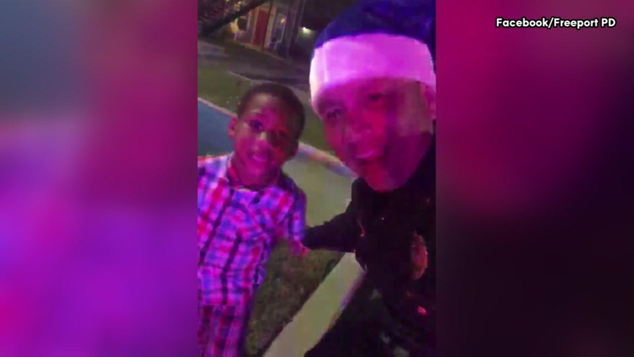 The Freeport police chief sings with 5-year old boy, then gives him bike from Christmas