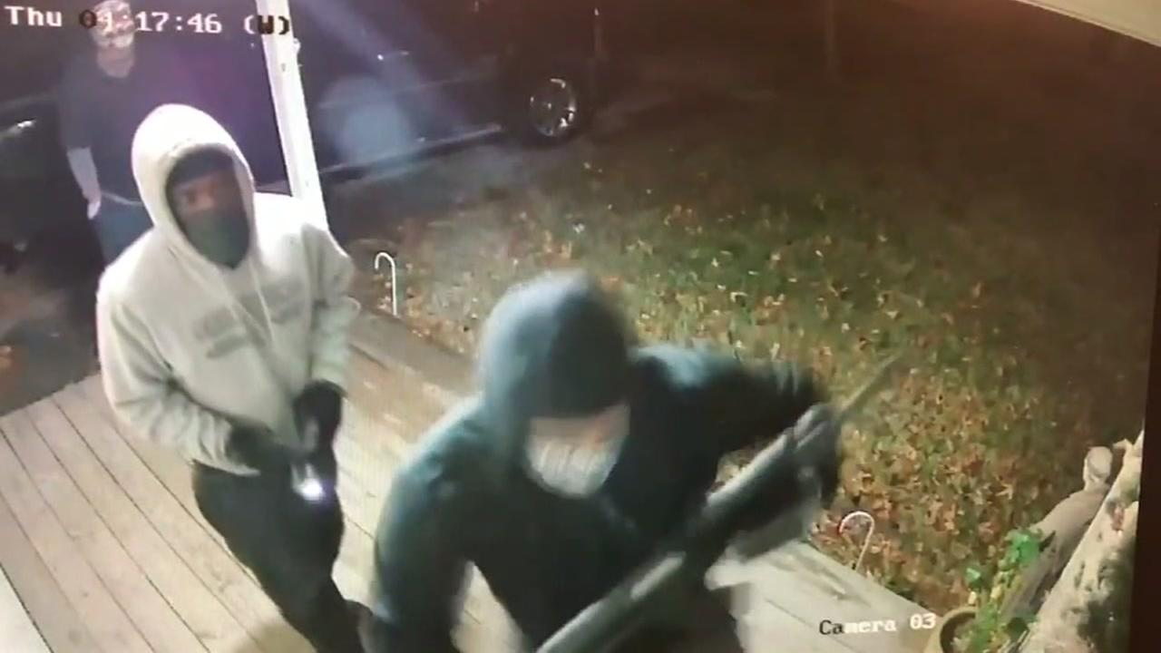Attempted burglary caught on home surveillance camera