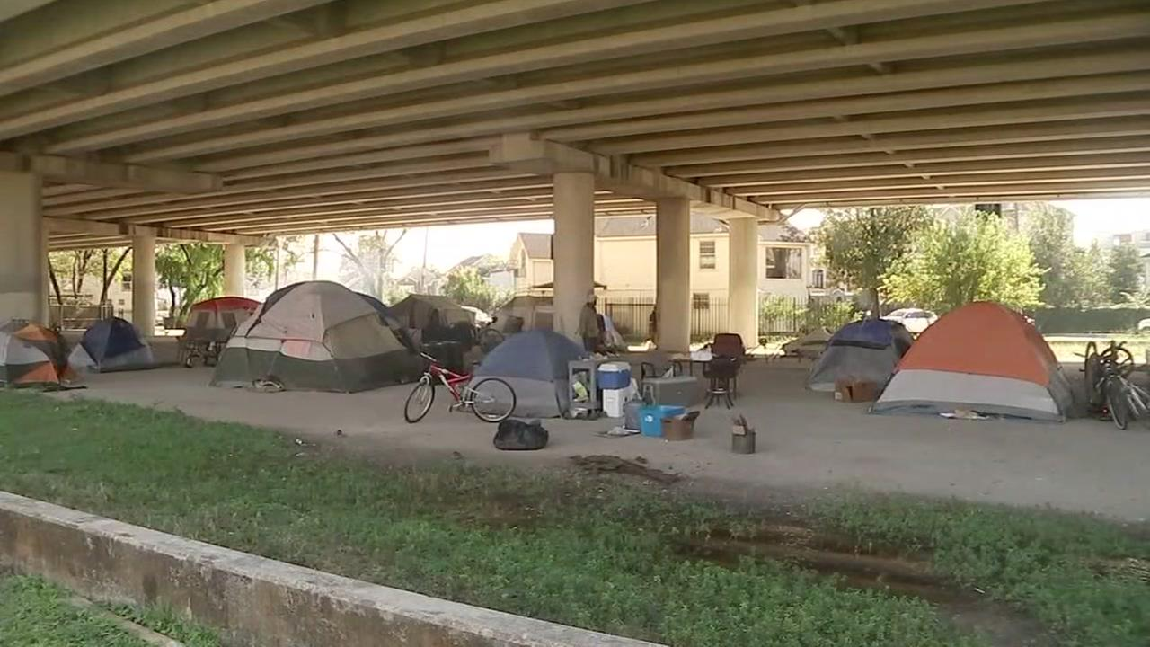 Houston can clear out homeless tent cities