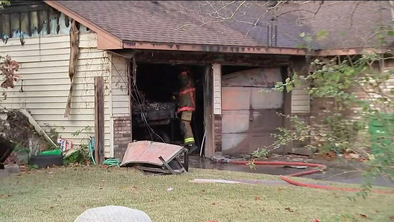 Pet killed, 2 injured in house fire in southwest Houston