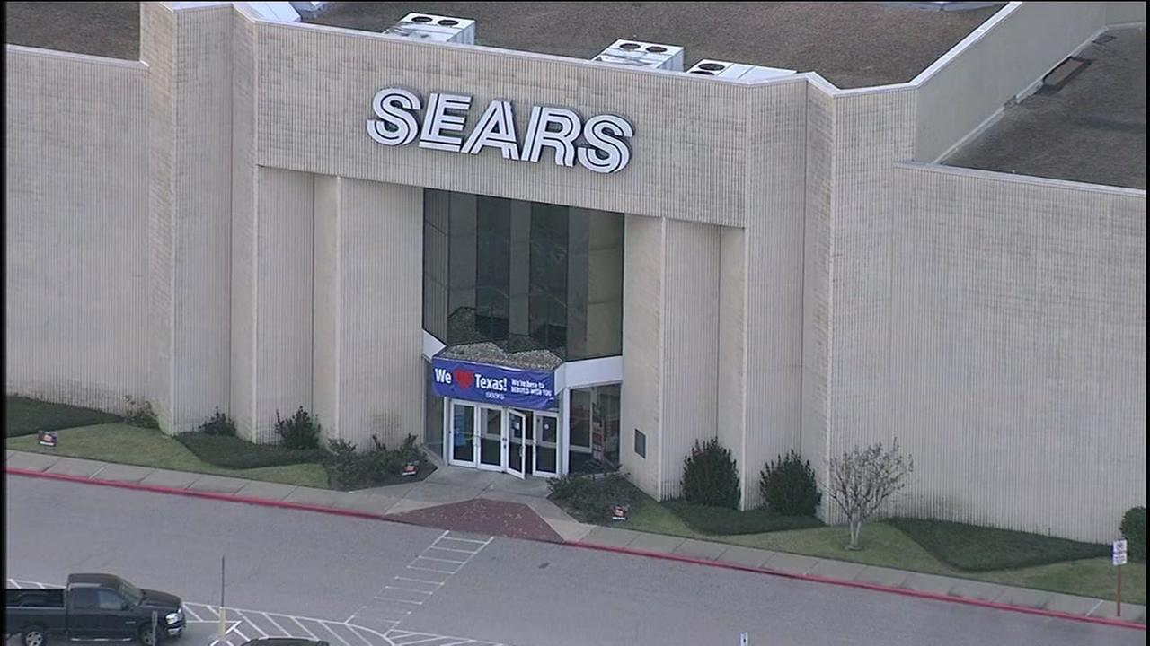 Sears Holding closing Sears store at West Oaks Mall