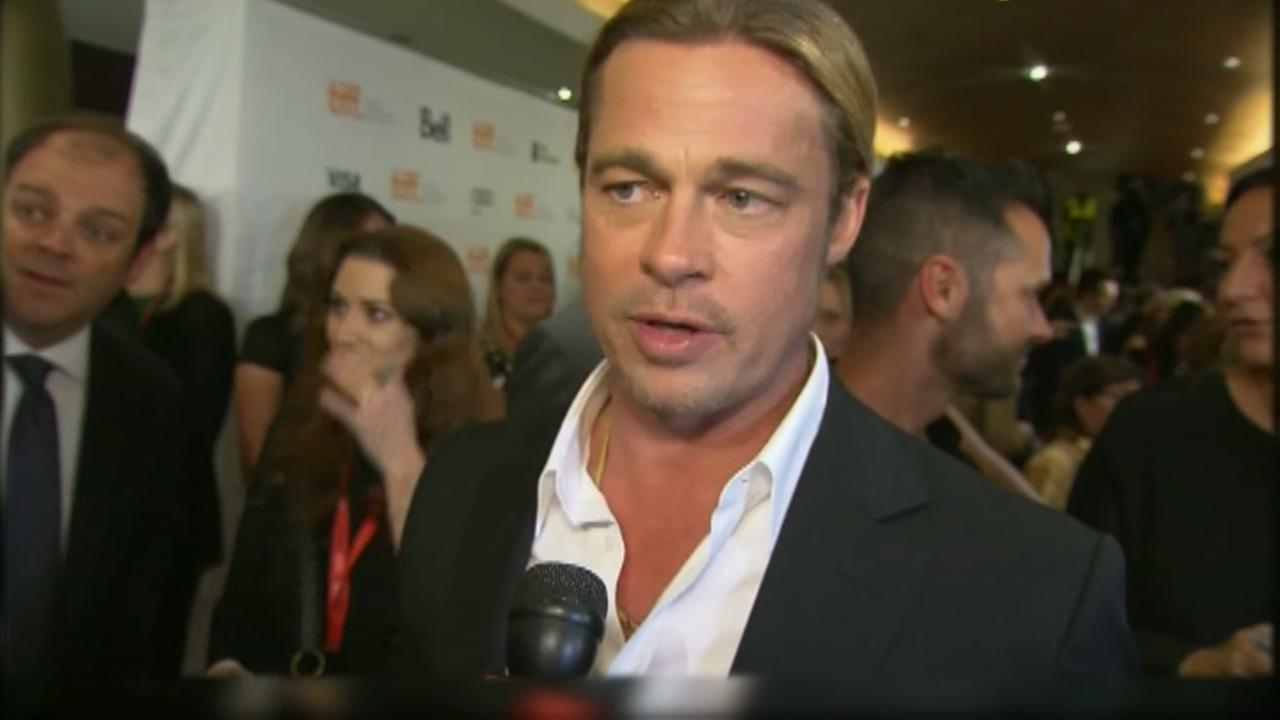 Brad Pitt bids on exclusive San Antonio Spurs experience at charity event