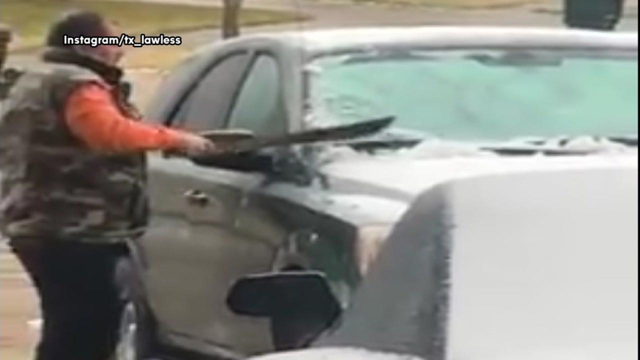 Sharp dad uses alternate ice scraper to clean off windshield