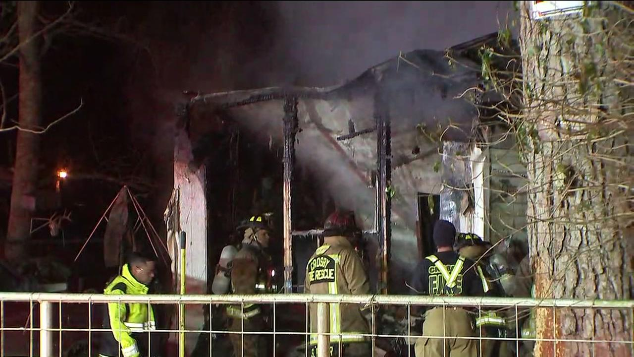 Officials: Mother and 2 kids killed in mobile home fire