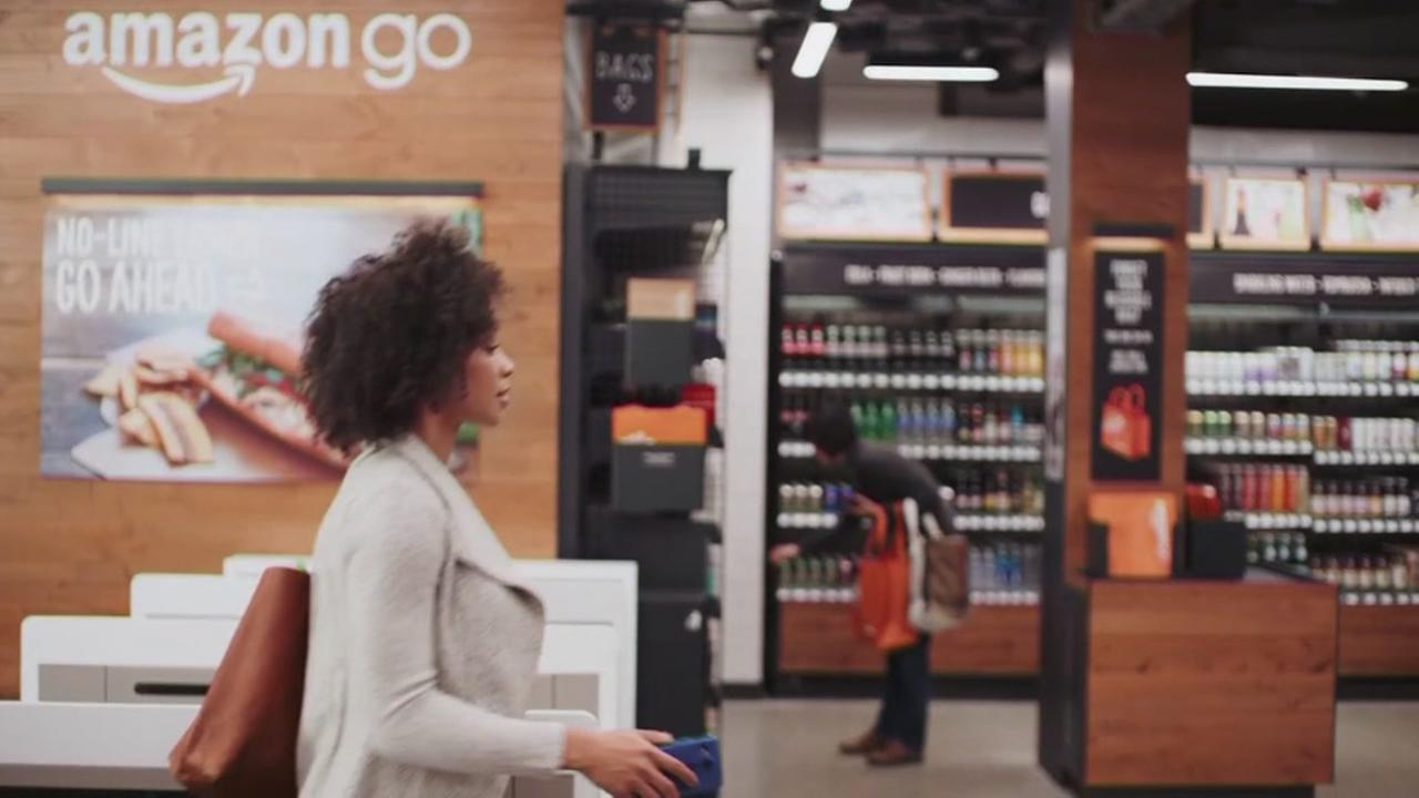 Amazon opens convenience store without checkout line