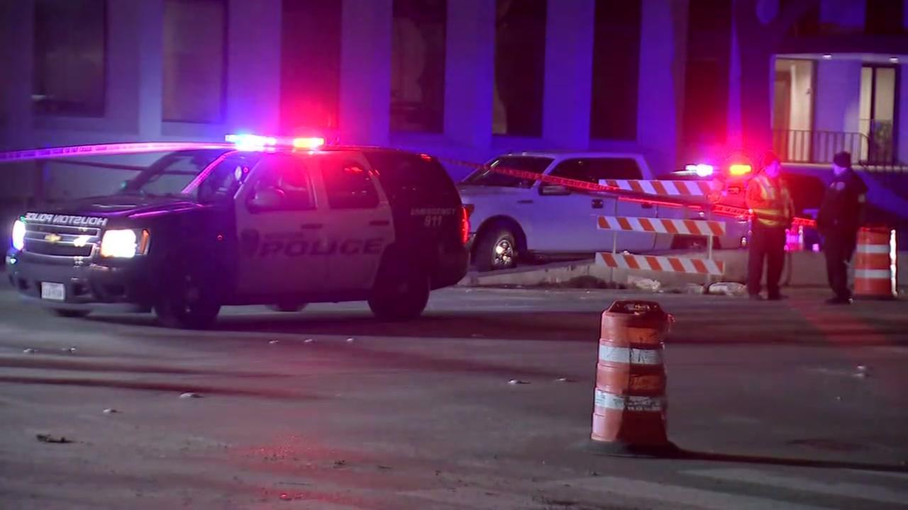 HPD: Man pulled gun on off-duty deputy