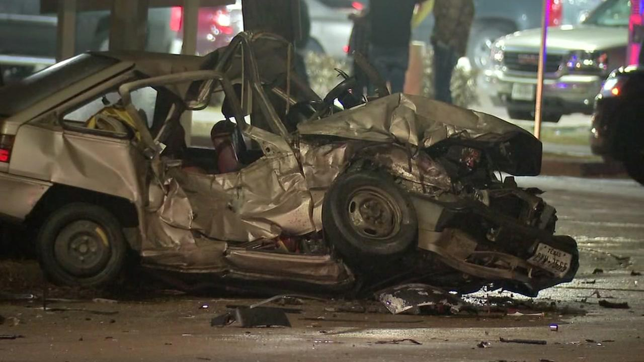Witness detains DUI suspect after crash kills 1