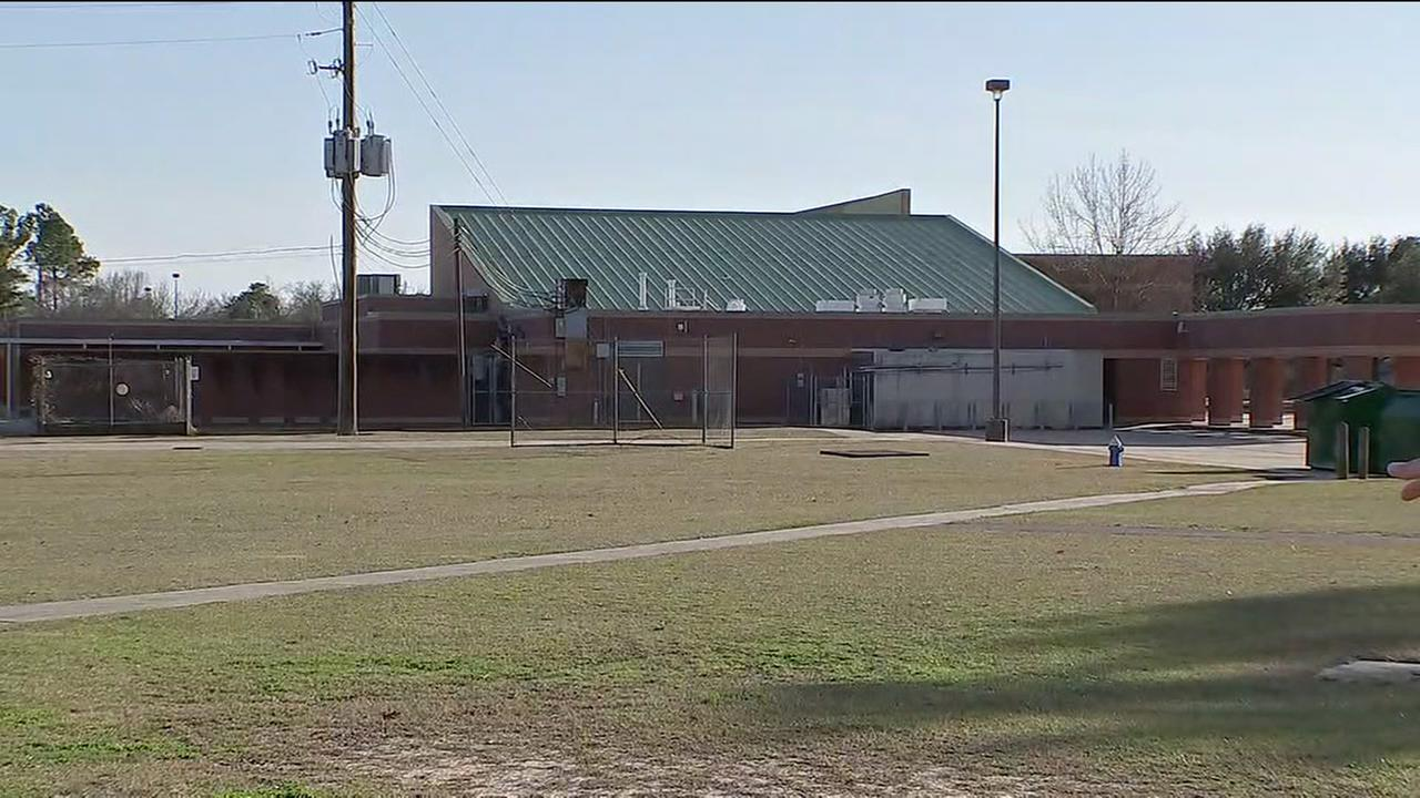Suspect wanted after trying to lure Klein student into car
