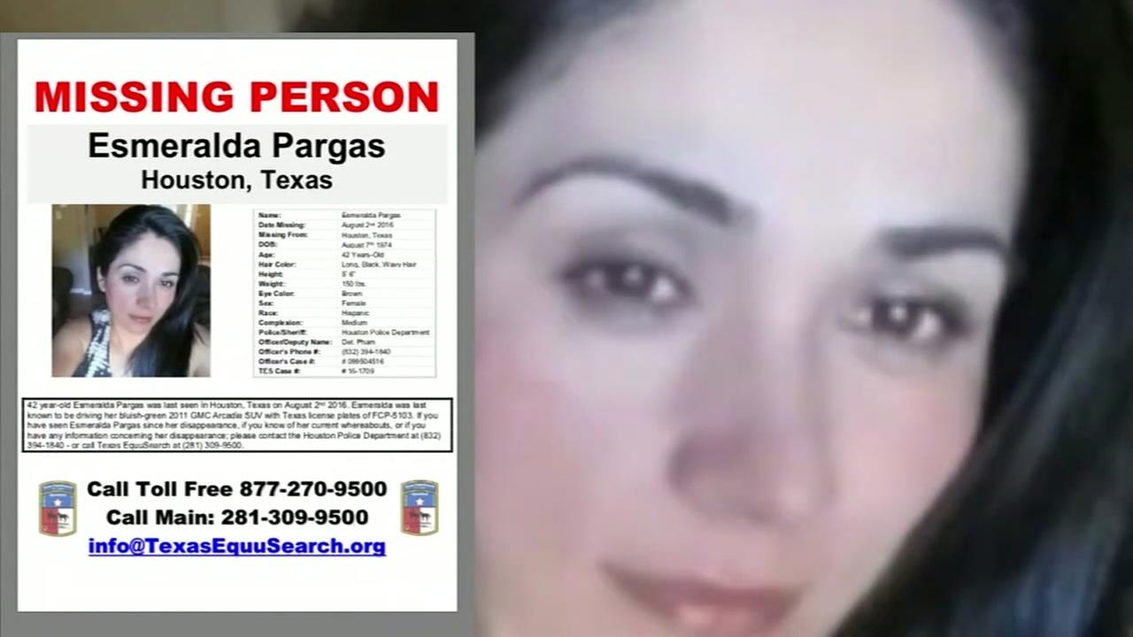 Deputies hunting for killer of missing woman