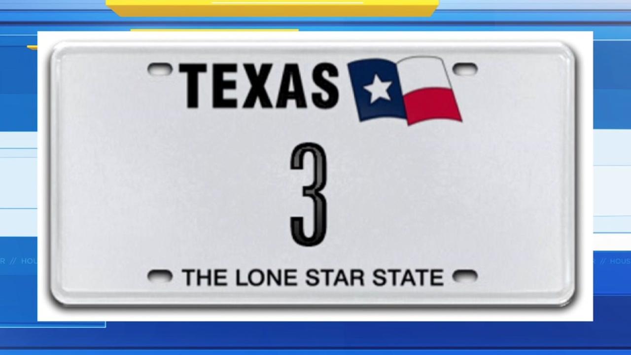 Single-digit license plate auction