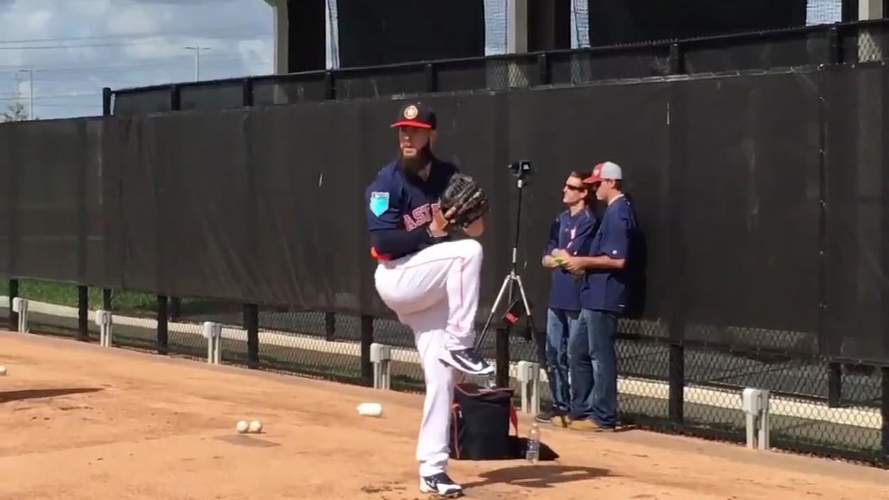 Astros Spring Training 2018: Keuchel fans on Day 1