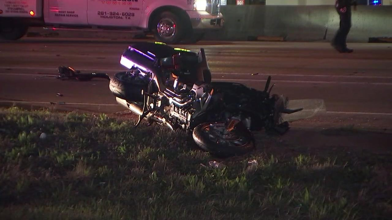 Fatal crash shuts down north freeway