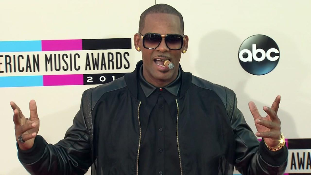 R. Kelly evicted from two homes