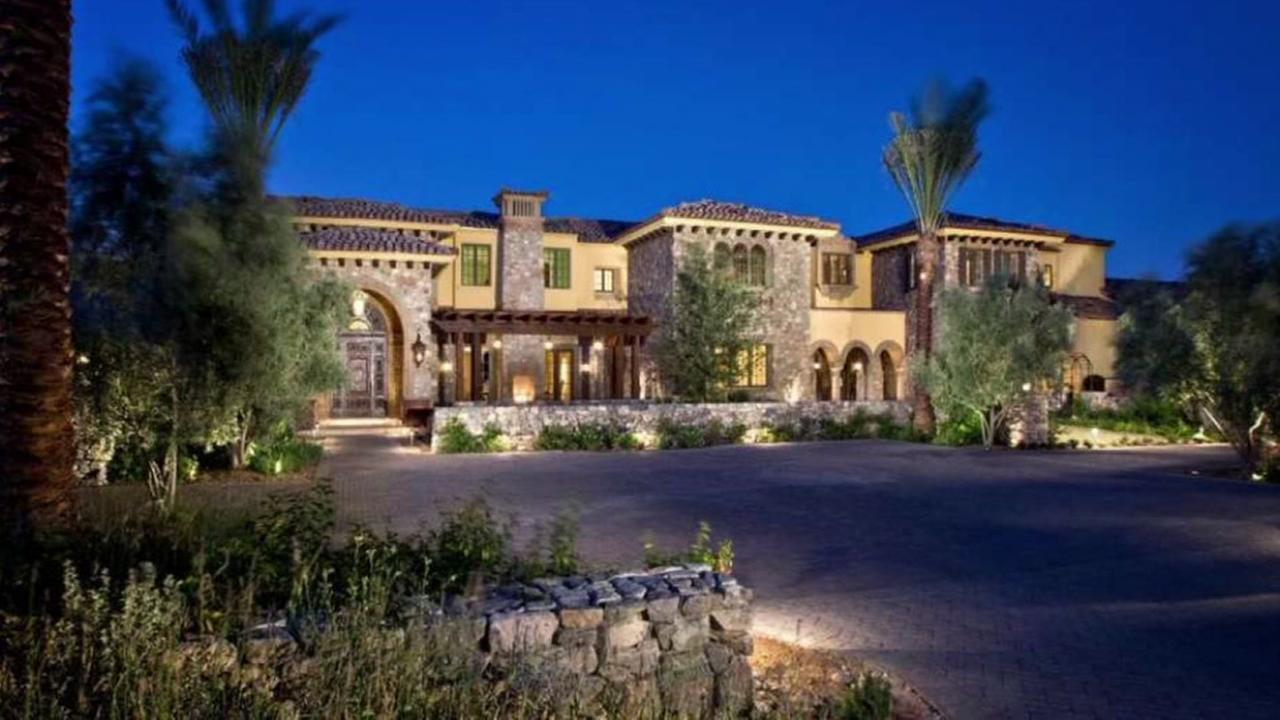 Former Astros pitcher Randy cuts $3M off mansion price