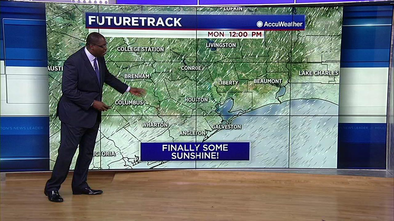 David Tillman has a look at Mondays forecast