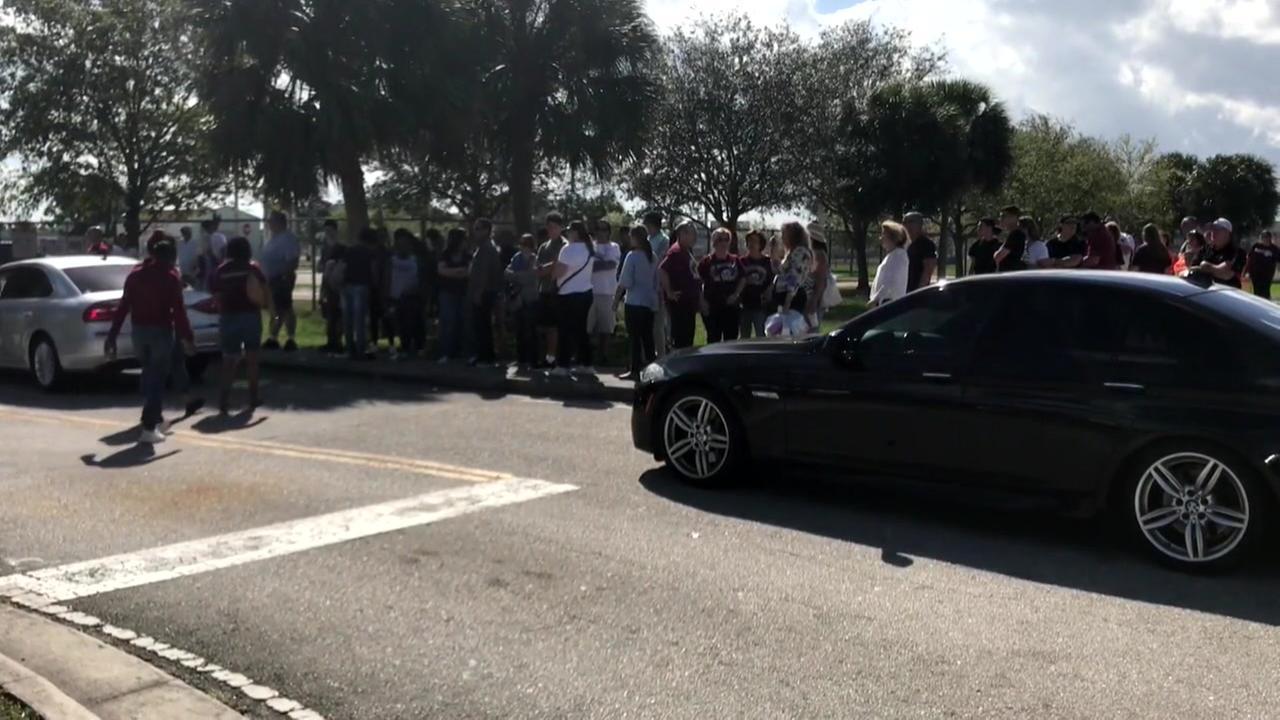 Students return to Parkland school for orientation