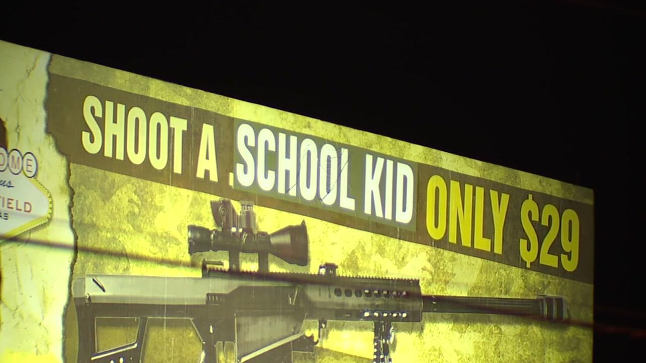 Billboard in Las Vegas for gun store changed to say schoot a school kid