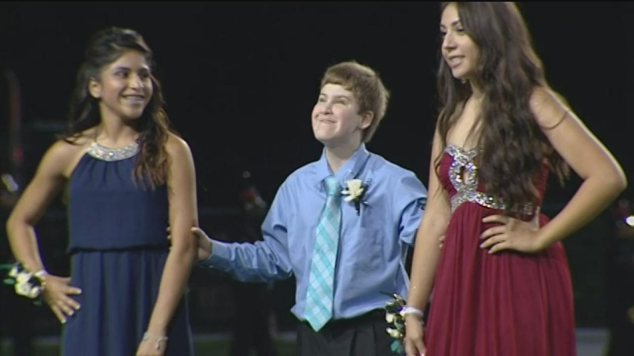 School names blind student homecoming duke