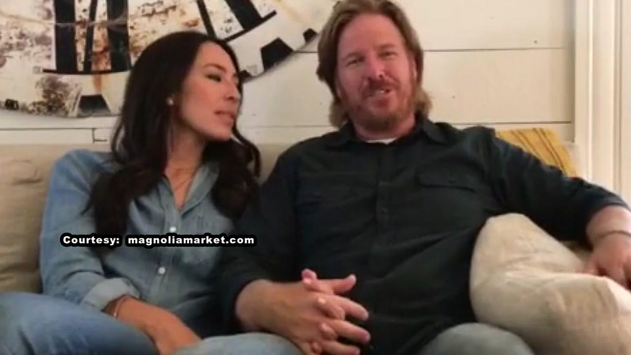Fixer Upper stars Chip and Joanna announce new HGTV series