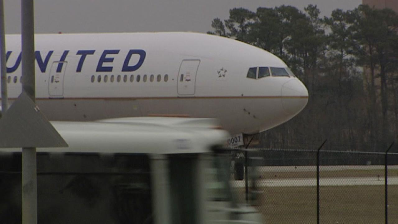 United Airlines scraps lottery plan
