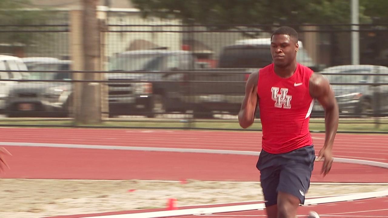 UHs Elijah Hall becomes double NCAA track champ