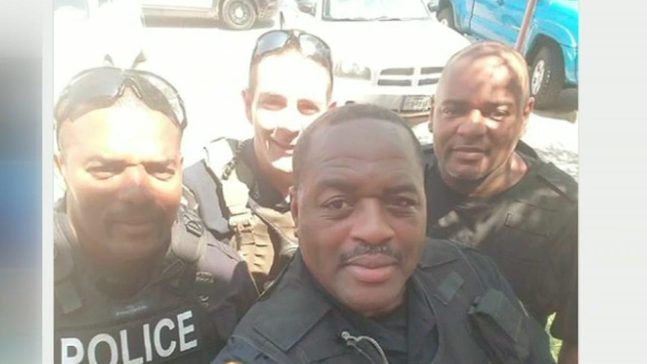 Fake police selfie leading to real problems online