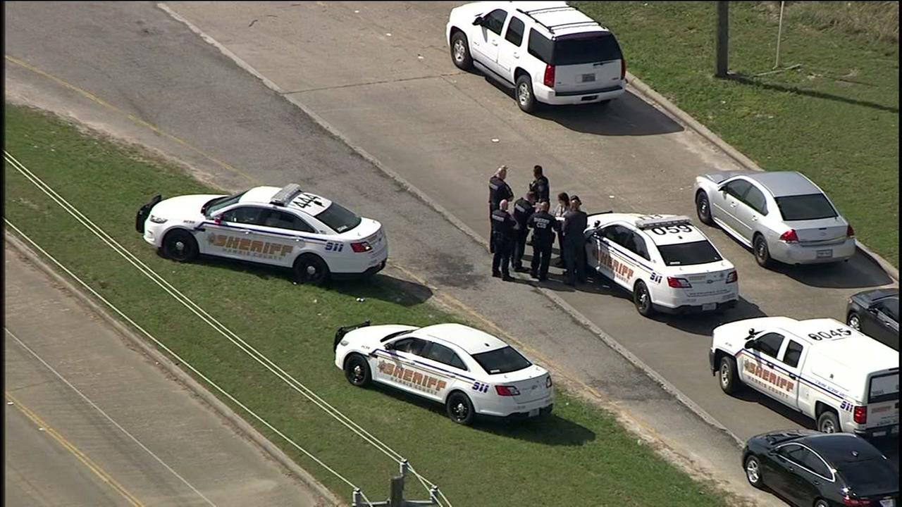 Two dead in pickup truck in northwest Harris County