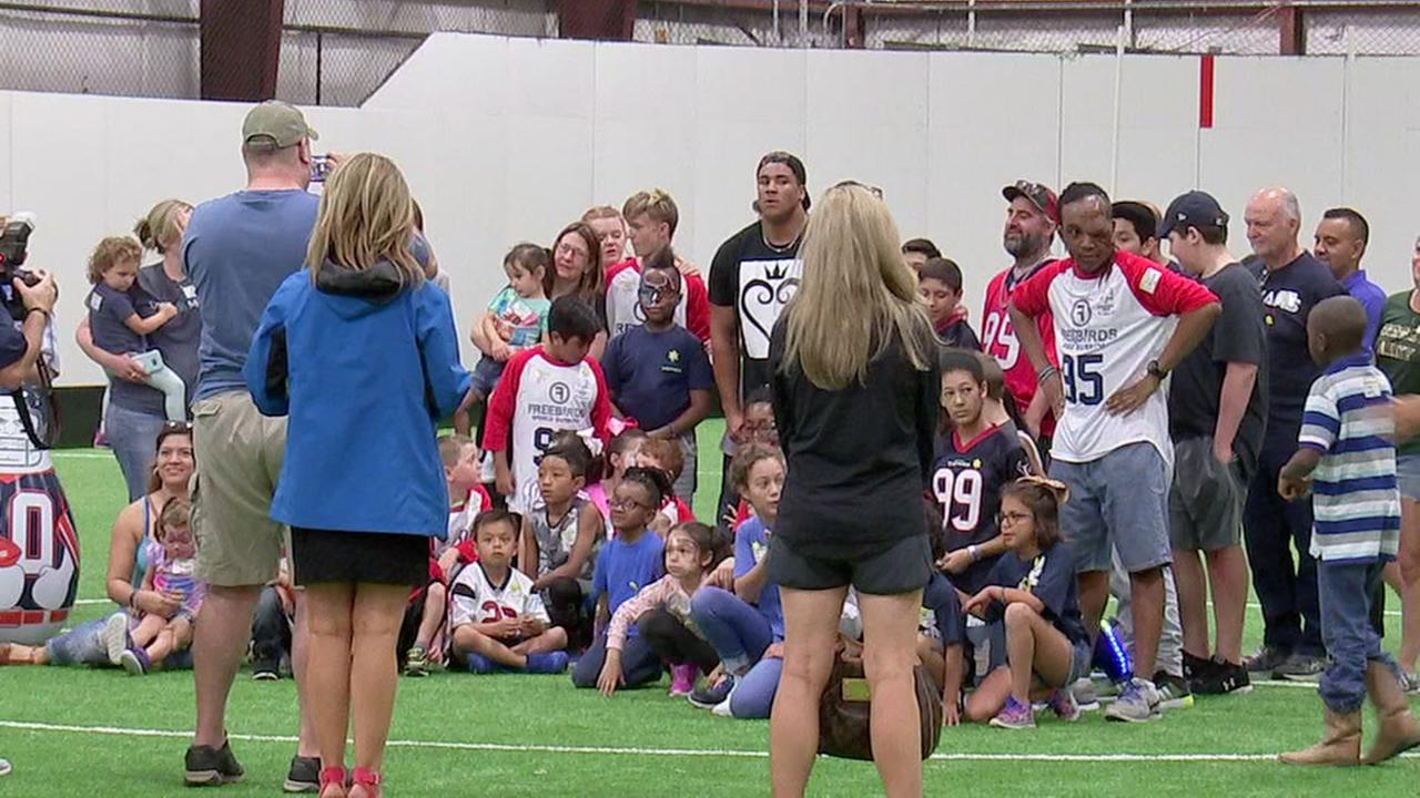 Texans Covington hosts Sunshine Kids