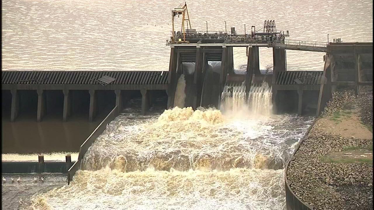 SkyEye video of Lake Houston spillway and the San Jacinto River