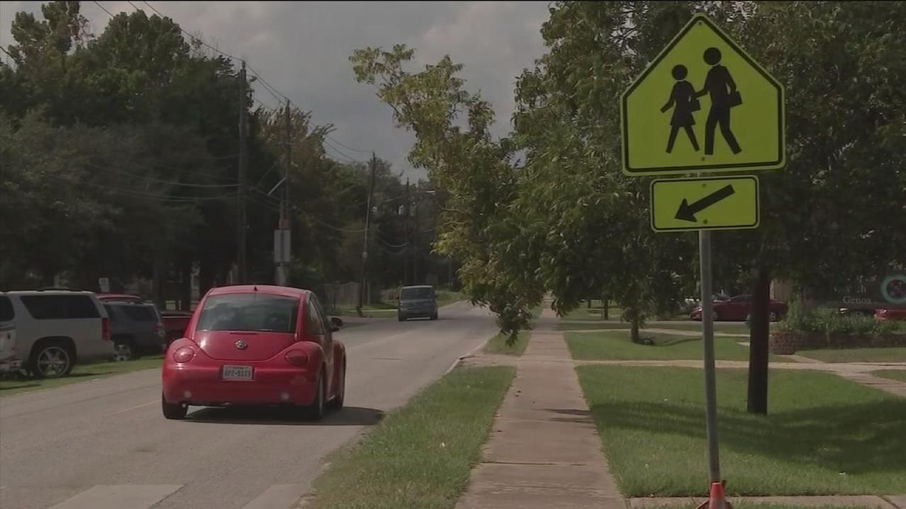 Parents want speed bumps near school