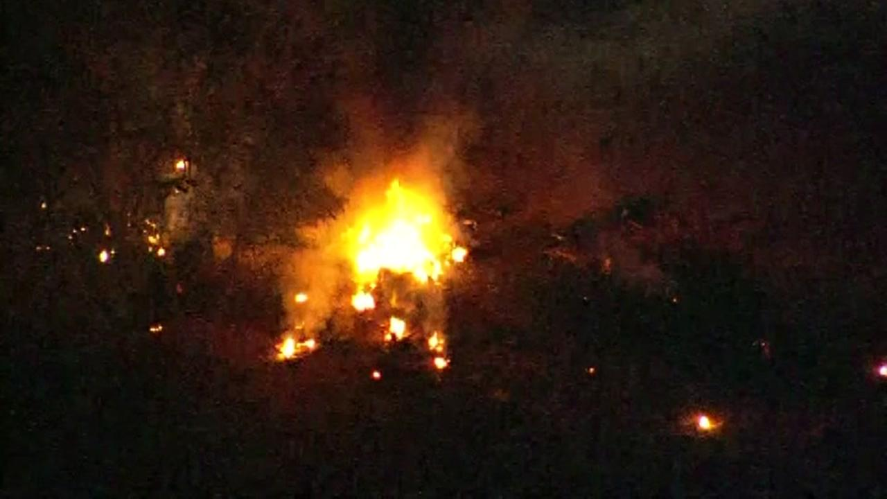 No survivors after small plane crash on Arizona golf course