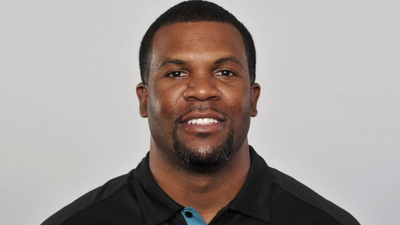 Former Houston Texans player arrested after crashing into ex-wifes SUV