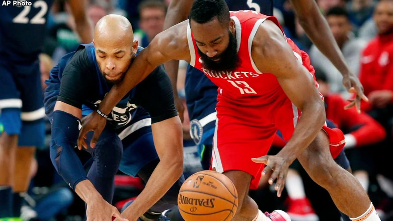 Rockets score 50 points in 3rd quarter, crush Wolves
